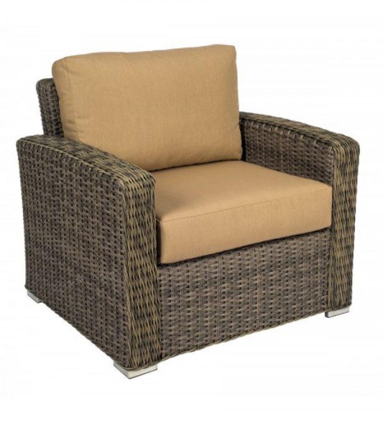 bay shore lounge chair