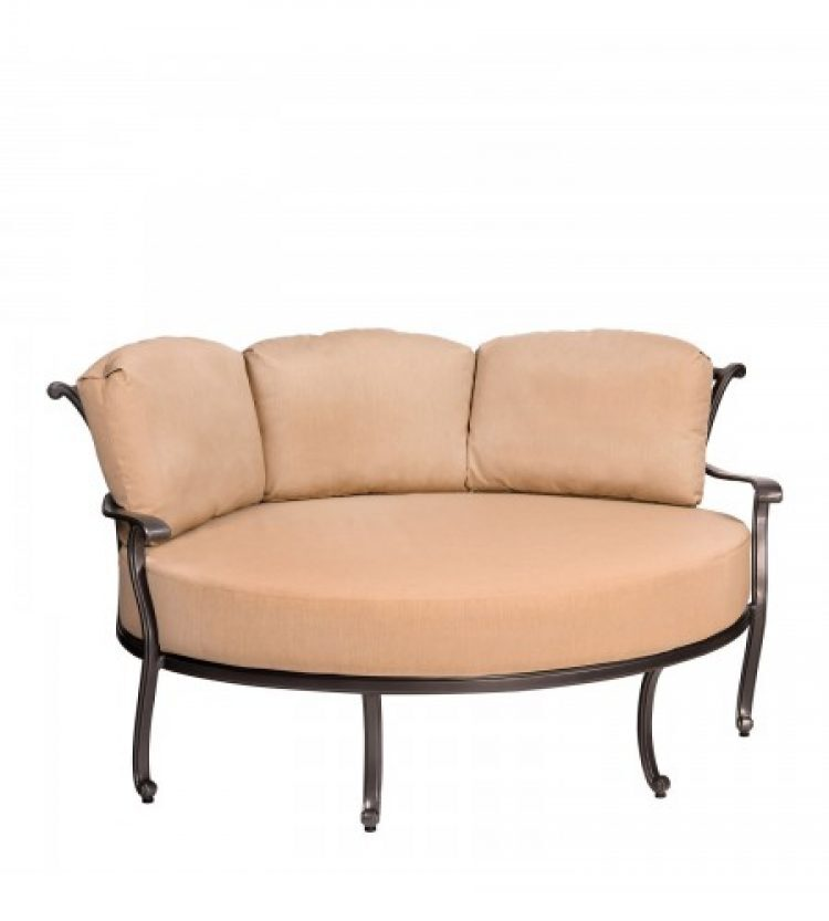New Orleans Crescent Cuddle Chair