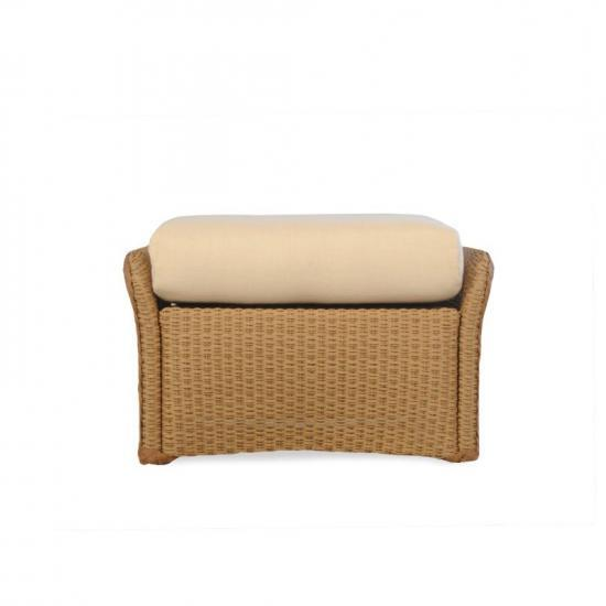 WEEKEND RETREAT FULL WICKER OTTOMAN