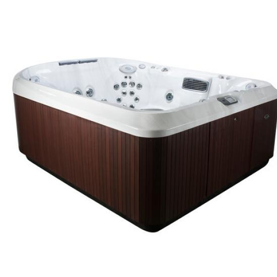 J-495™ Designer Spacious Entertainer