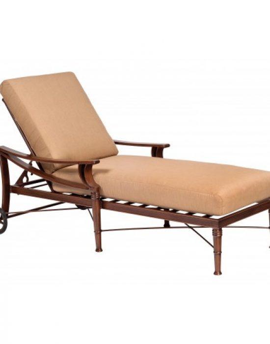 Arkadia Cushion Adjustable Chaise Lounge