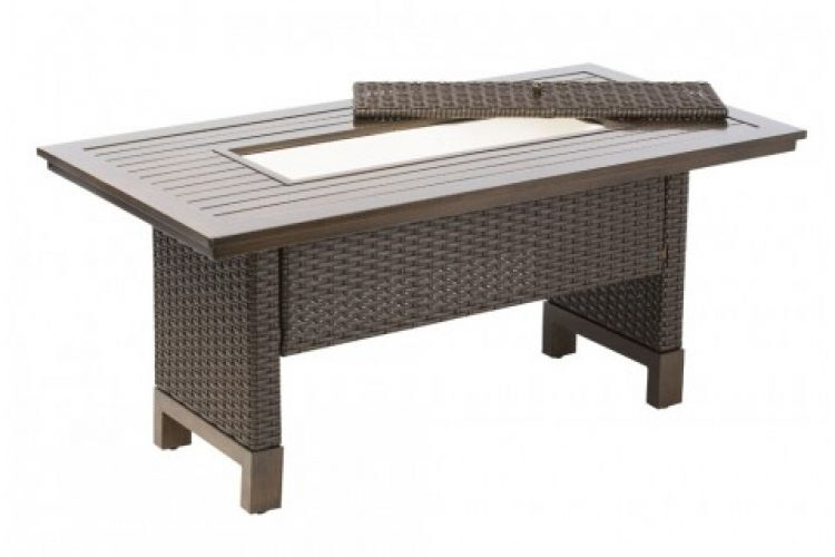 la lima relaxed dining table with beverage cooler insert
