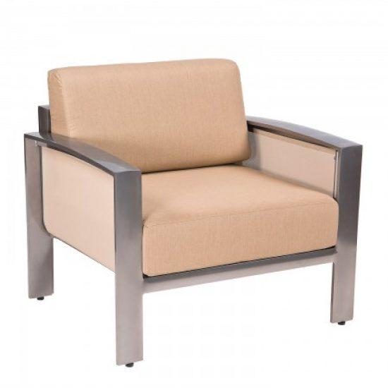 Metropolis Lounge Chair